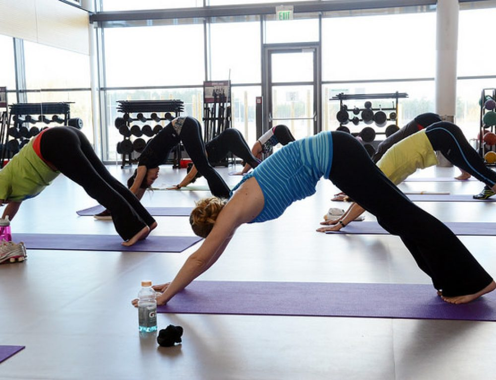 Top 5 Fitness Trends 2015: High Time to Try Yoga