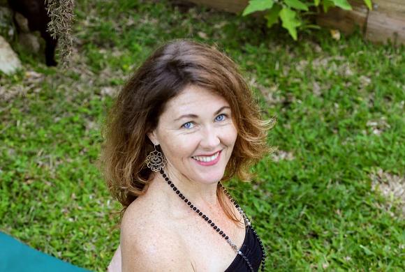 Shelley Lyons